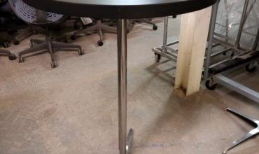 Southern Aluminum, Bar Height Table, 30″ diameter, Laminate top and Aluminum base